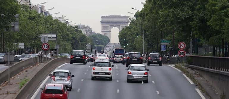 Paris-Bans-Cars