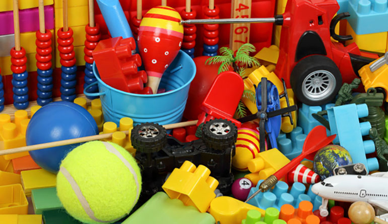 Cheap-Toys-and-Pollution