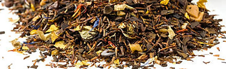 Flavored mixture of dried Chinese tea leaves