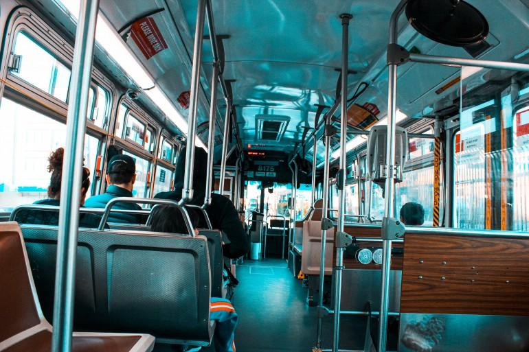 Bus Traps Air Pollution